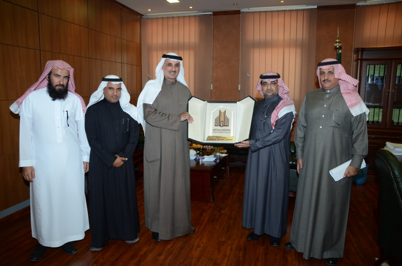 SAU Receives Head of the Kuwaiti Cultural Office | Prince