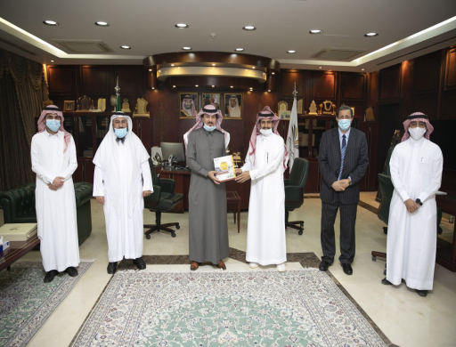 Rector Receives the Annual Report of Al-Aflaj Colleges